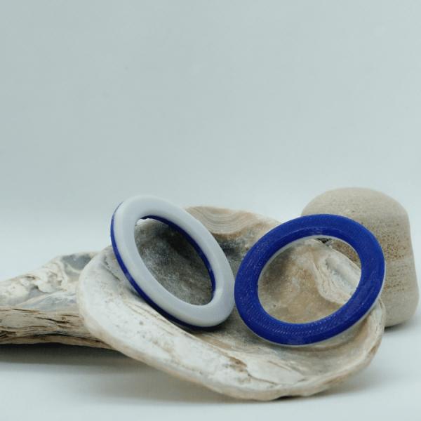 Pendientes Ring-O azules y blancos